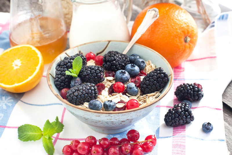 Fruit with oats